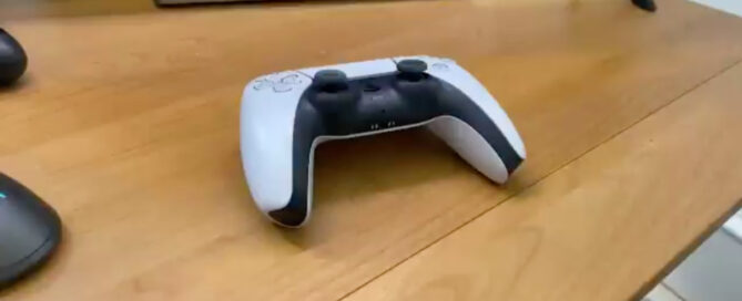 """PS5 DualSense controller """"shows"""" the first hands-on video"""