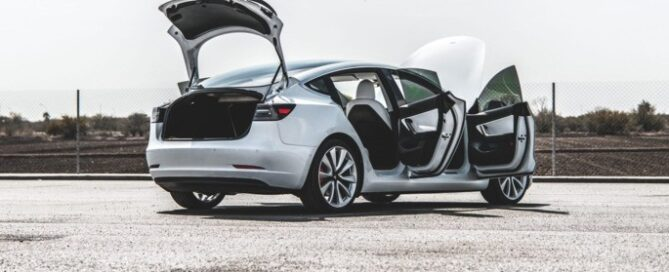 Free Tesla Model 3 powerlift gate elon musk