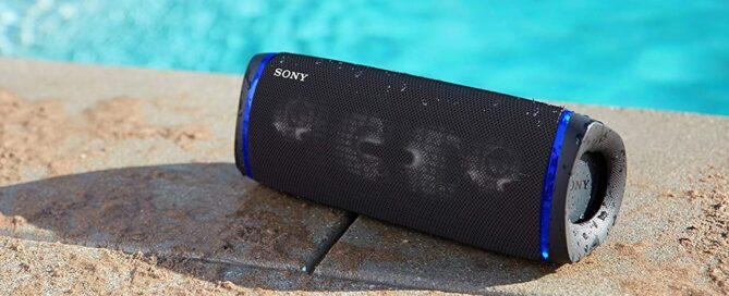 Put music to your summer with these aquatic speakers