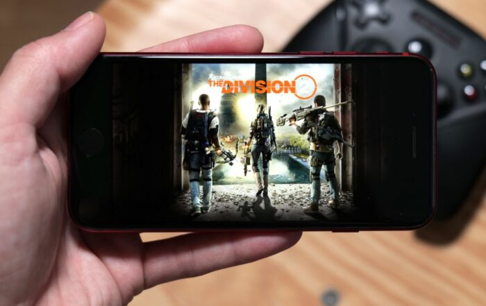Playing Google Stadia on iPhone is now possible, but not official