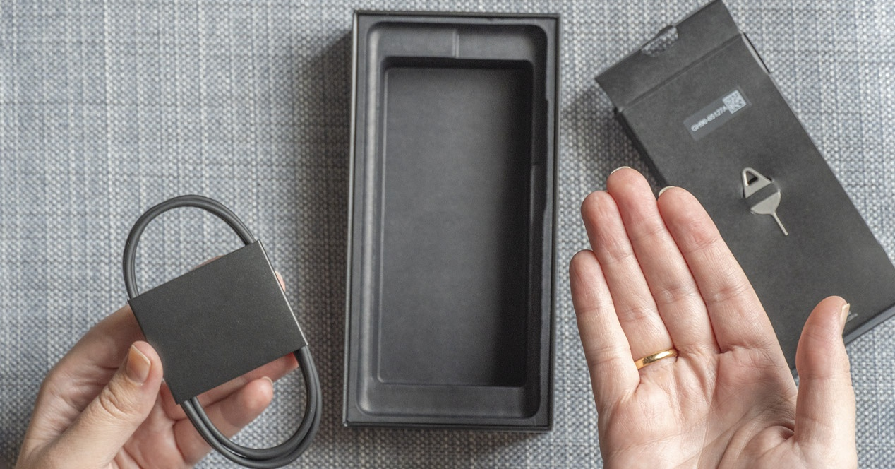 No charger in the box?  Revive your phone (and other gadgets) with these options