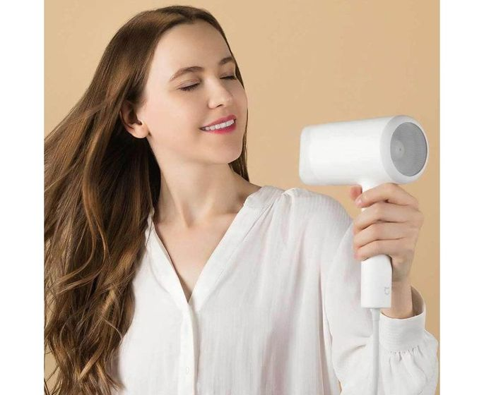 3. Xiaomi Mi Ionic Hair Dryer